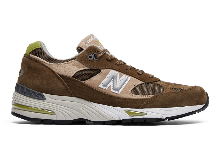 New Balance 991 Made in UK Dark Green with Beige & White