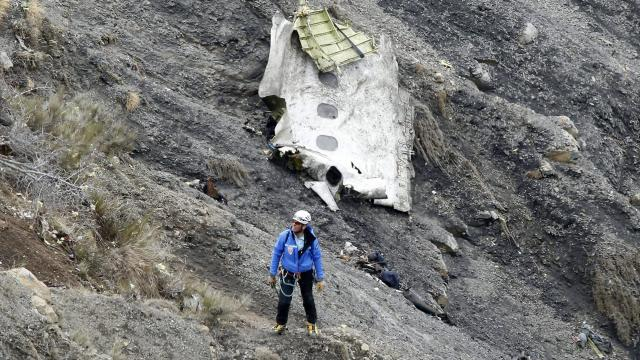 Crash de la Germanwings. Le père du copilote suscite la polémique - Ouest-France