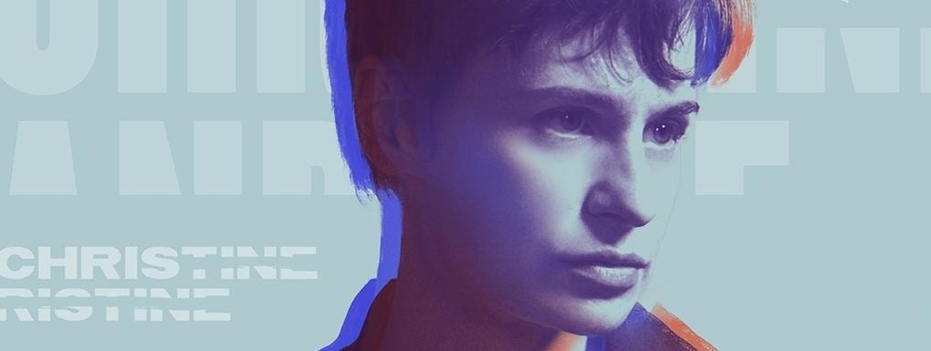 Christine and The Queens présente Chris dans un nouveau documentaire Apple Music