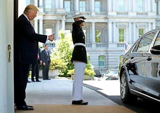 Donald Trump face à une nouvelle controverse potentiellement dévastatrice - Le Monde