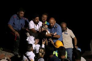 Séisme en Italie : deux morts, des enfants sous les décombres - Le Figaro