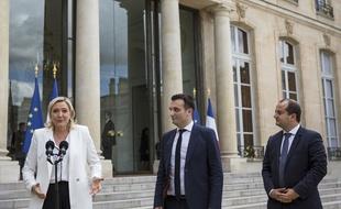 Marine Le Pen exhorte Florian Philippot à faire un choix entre son mouvement et le FN - 20minutes.fr