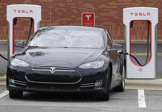 Ouragan Irma : Tesla a débridé à distance les véhicules de ses clients en Floride