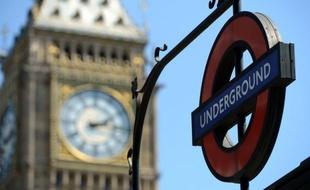 «Incident» dans le métro londonien, les services d'urgence sur place - 20minutes.fr