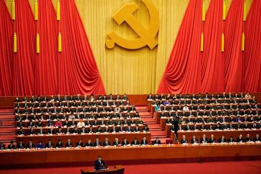 Xi Jinping promet une « nouvelle ère » pour la Chine socialiste - Le Monde