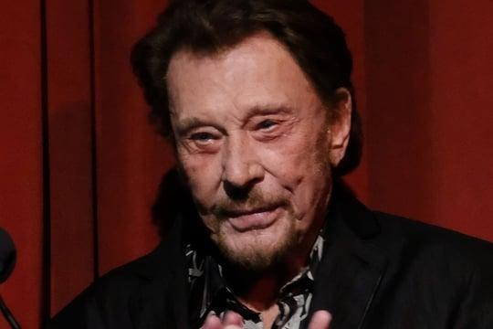 Johnny Hallyday hospitalisé : depuis l'annonce de sa mort, sa santé reste fragile - Linternaute.com