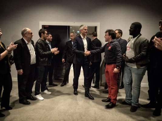 Entre Marine Le Pen et Laurent Wauquiez, une guerre de tranchées - Le Monde