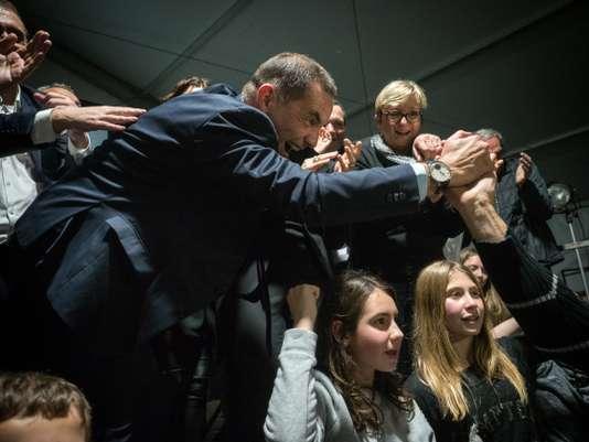 Une majorité sans précédent pour les nationalistes corses - Le Monde