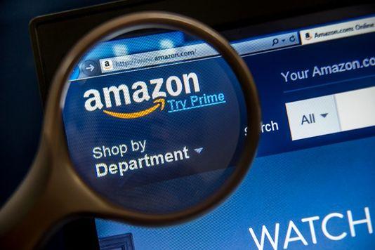 Deux Français sur trois en âge de consommer achètent en ligne