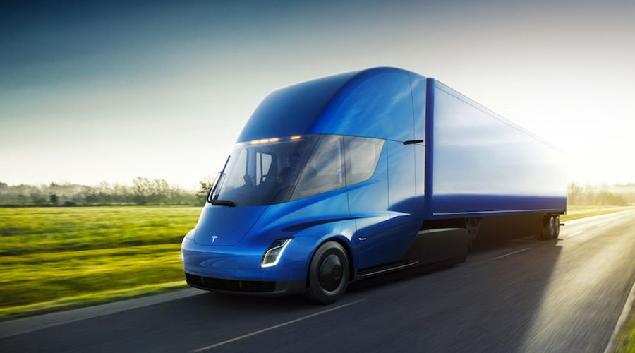 Première livraison pour les camions électriques de Tesla