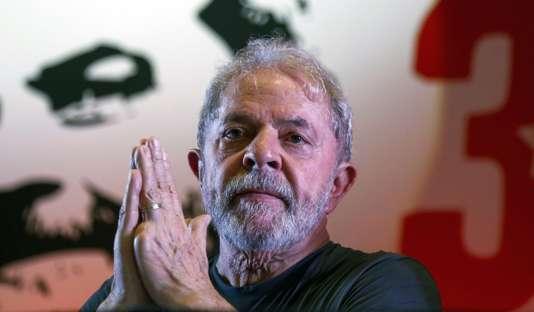 La Cour suprême du Brésil donne son feu vert à l'incarcération de l'ex-président Lula - Le Monde