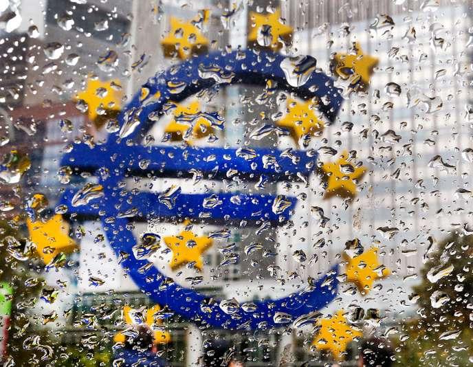 Les 20ans de l'euro: la monnaie unique reste fragile