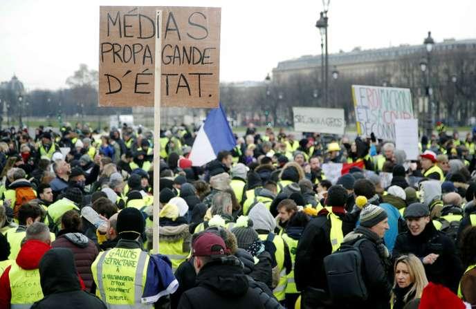 Les médias «sont des thermomètres»: la mise au point du patron de BFM-TV aux «gilets jaunes»
