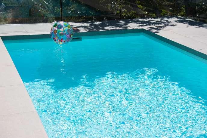 Attention aux coûts cachés des piscines