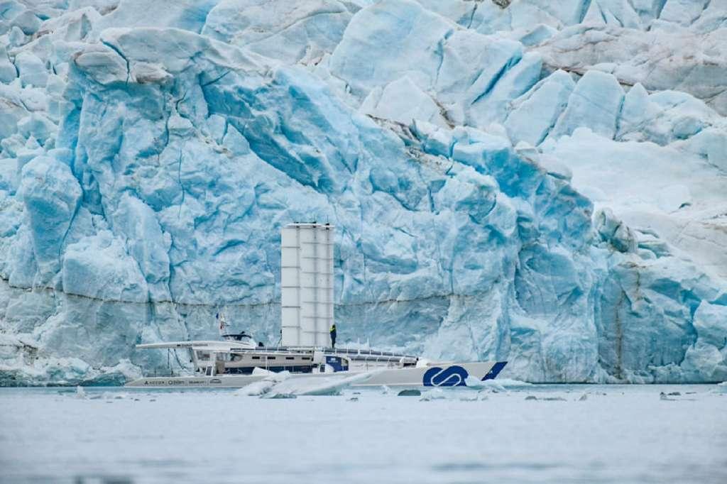 Energy Observer : le navire à hydrogène rejoint le Svalbard, épicentre du changement climatique