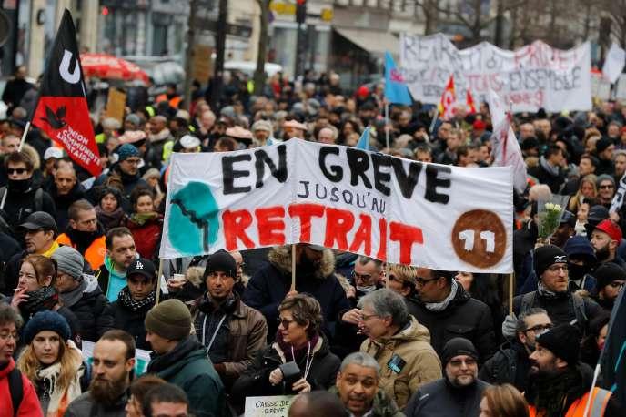La grève pousse plusieurs universités à reporter les partiels