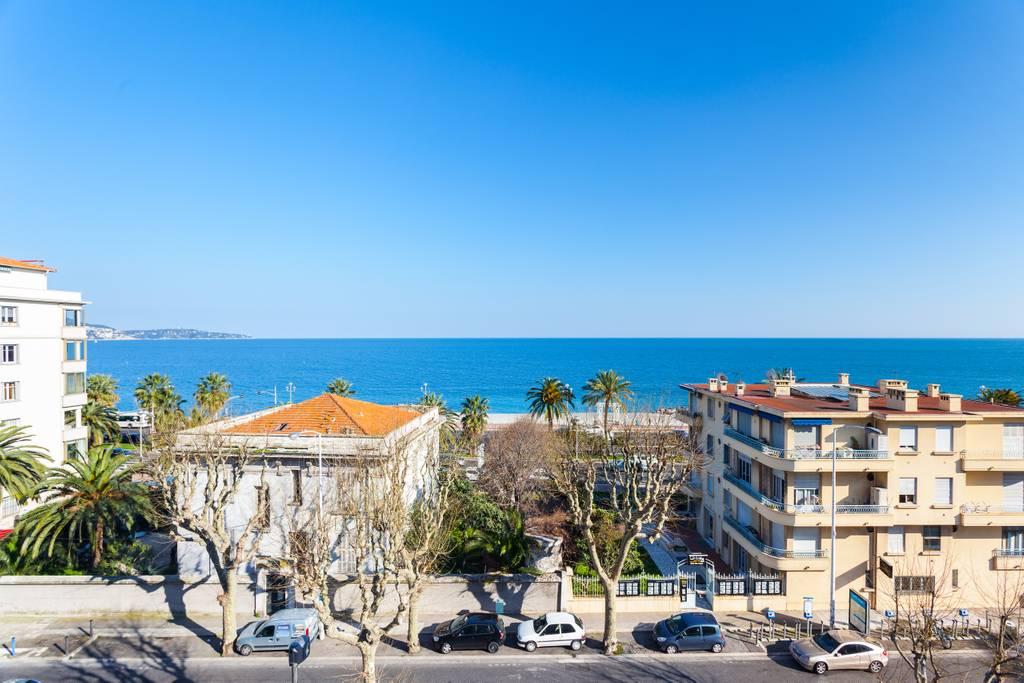 Location Studio à Nice avec vue sur Mer dans les Alpes Maritimes