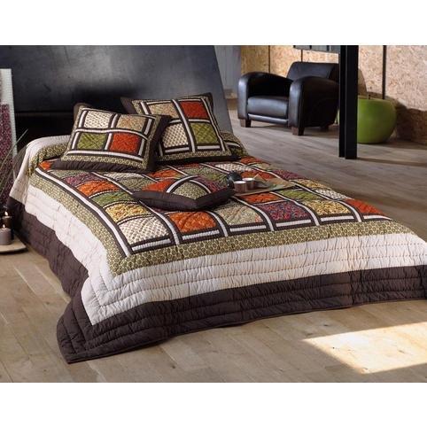 couvre lit boutis les 3 suisses couvre lit Sur Iziva   Iziva.com couvre lit boutis les 3 suisses
