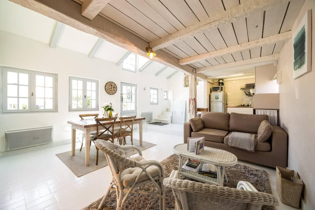 Airbnb - Location Maison de pêcheur au bord de l'eau à Blez en Bretagne