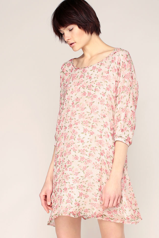 American Vintage Peonyland Robe Fluide Beige Rose Imprime Fleurs Manches 3 4 Robe Monshowroom Iziva Com