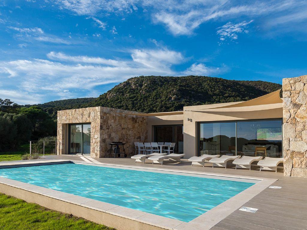 Location villa corse avec piscine