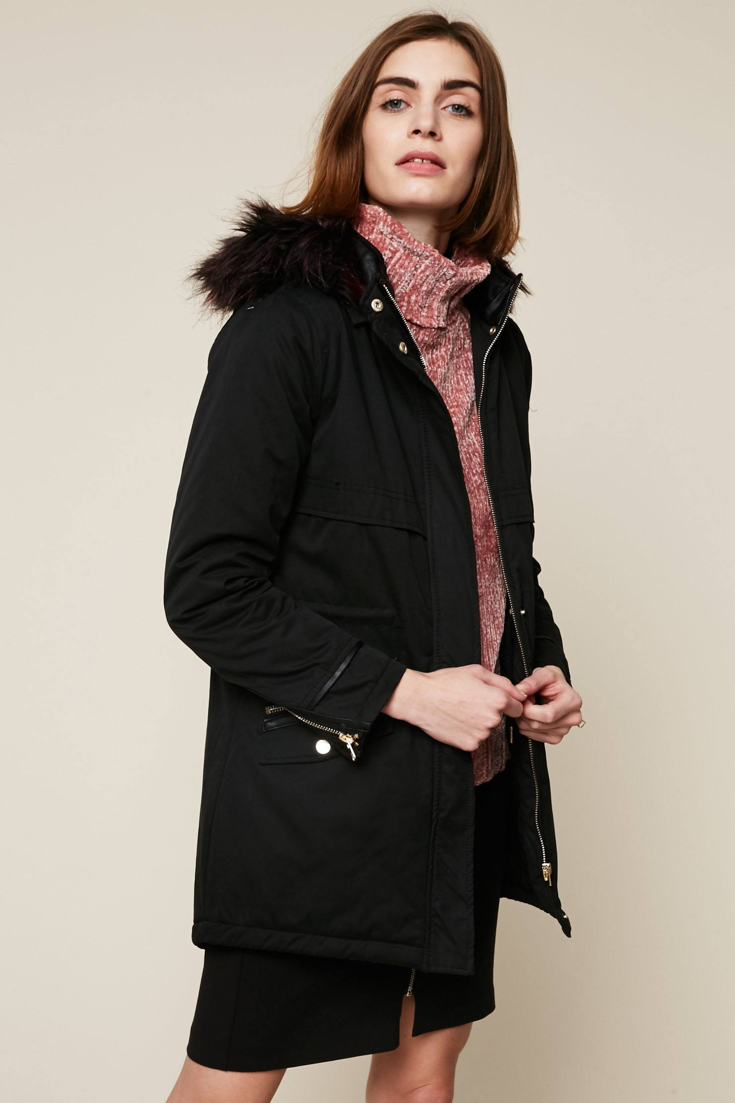 8685526e1b97a Only Manteau long noir à capuche en fourrure synthétique - Manteau ...