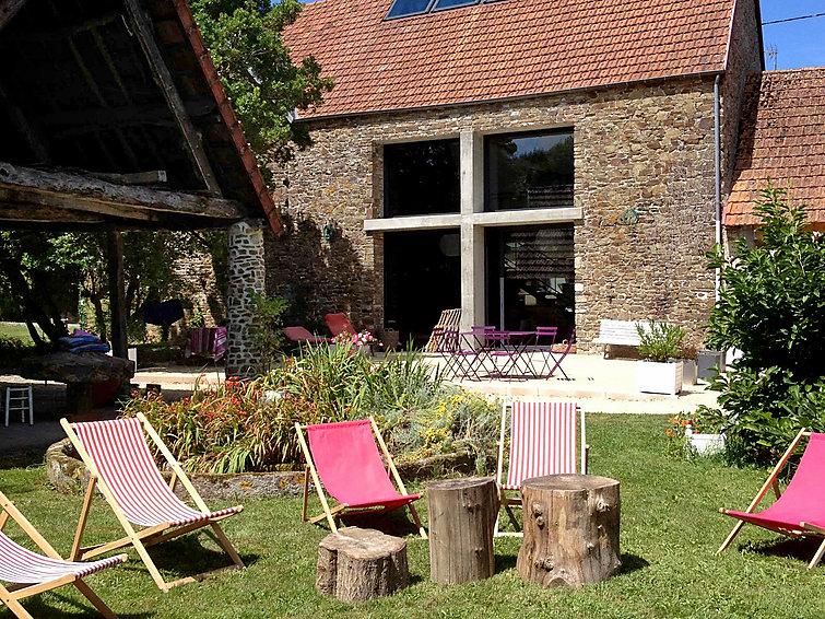location normandie interhome maison de vacances la gicqueli re saint pair sur mer. Black Bedroom Furniture Sets. Home Design Ideas