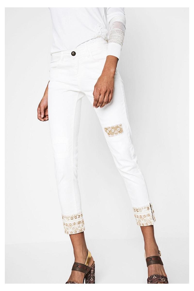 df2842da9422 Broderies Broderies Jeans 5 Desigual De Dreams Ethniques Blanc Jean Orné  Orné Orné tWfTqwHPpB