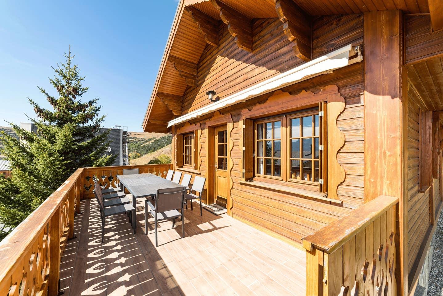 Airbnb -  Chalet à L'Alpe d'Huez au pied des pistes pour 10 personnes