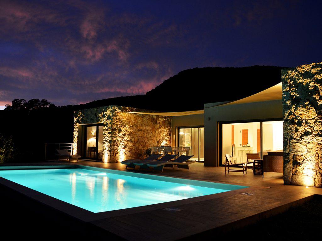 Abritel Location Corse Porto-Vecchio - Palombaggia 5* Luxueuse villa avec piscine. Vue mer imprenable Accès privé plage