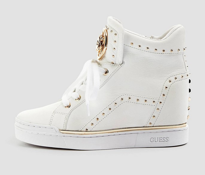 SNEAKERS FINER CUIR VERITABLE Blanches GUESS