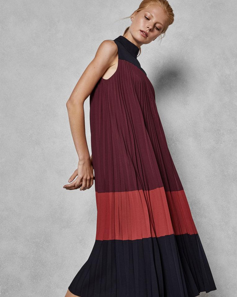 Ted Baker LORRNA Robe mi-longue plissée colour block Bordeaux
