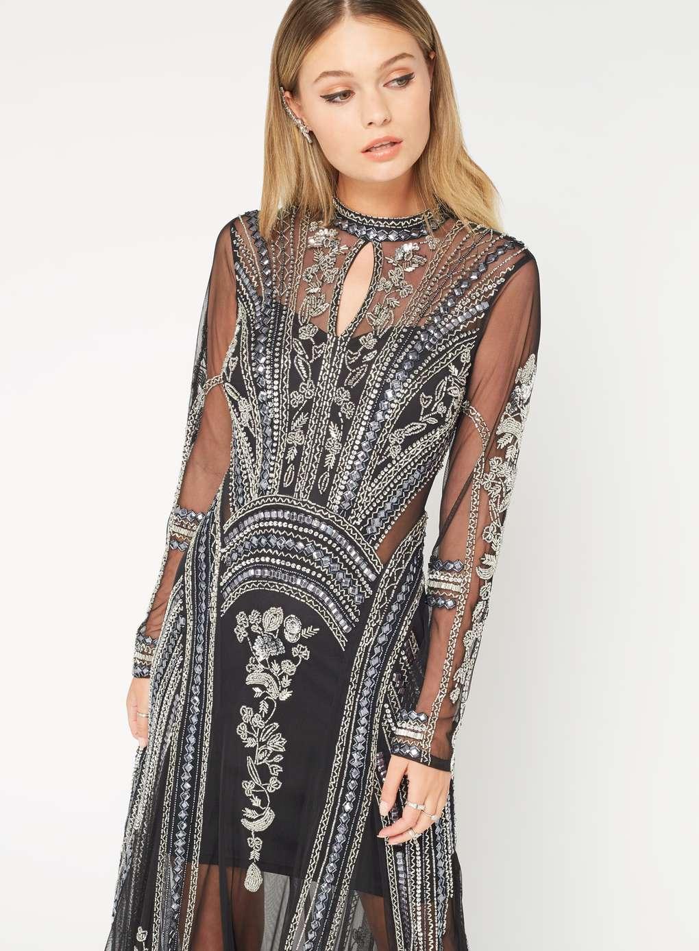 Miss Selfridge Premium Sensationnelle robe longue ornée