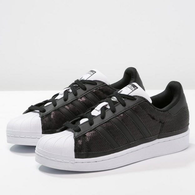 super cute 8eeb7 dd466 Adidas Originals SUPERSTAR Baskets basses core black, Baskets Femme Zalando   (Mode)  Zalando Adidas Originals SUPERSTAR Baskets basses core black white  ...