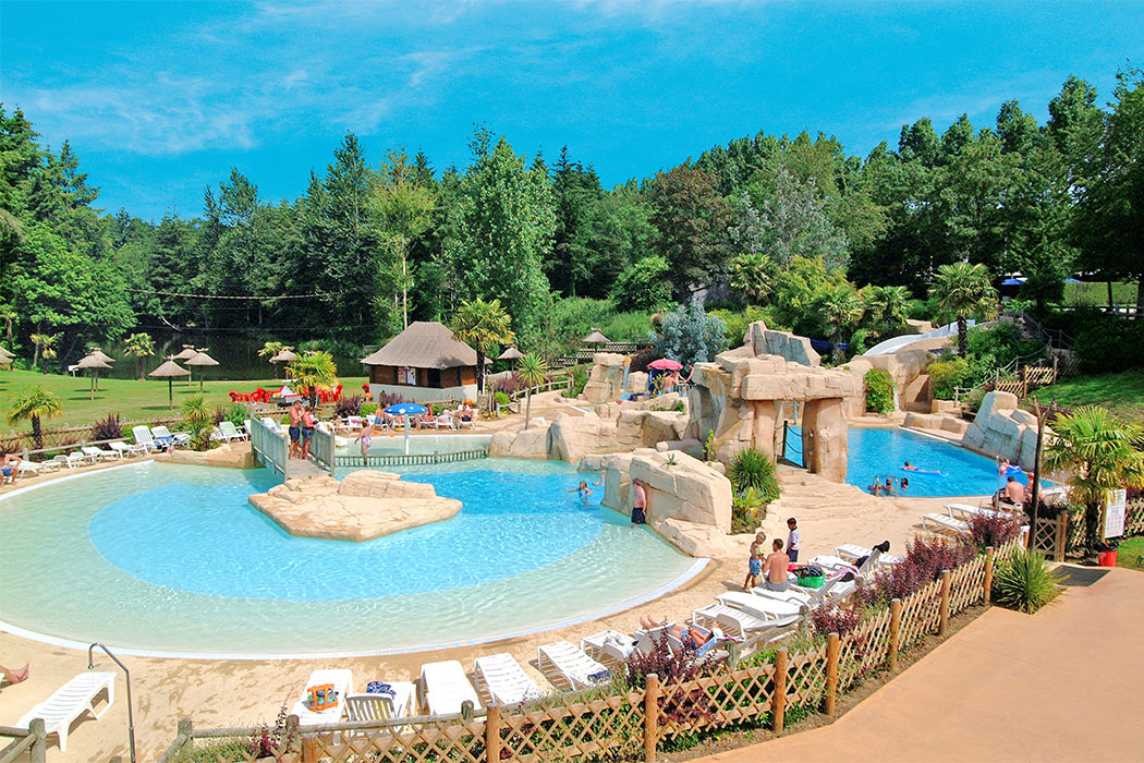 Camping Domaine des Ormes 5*
