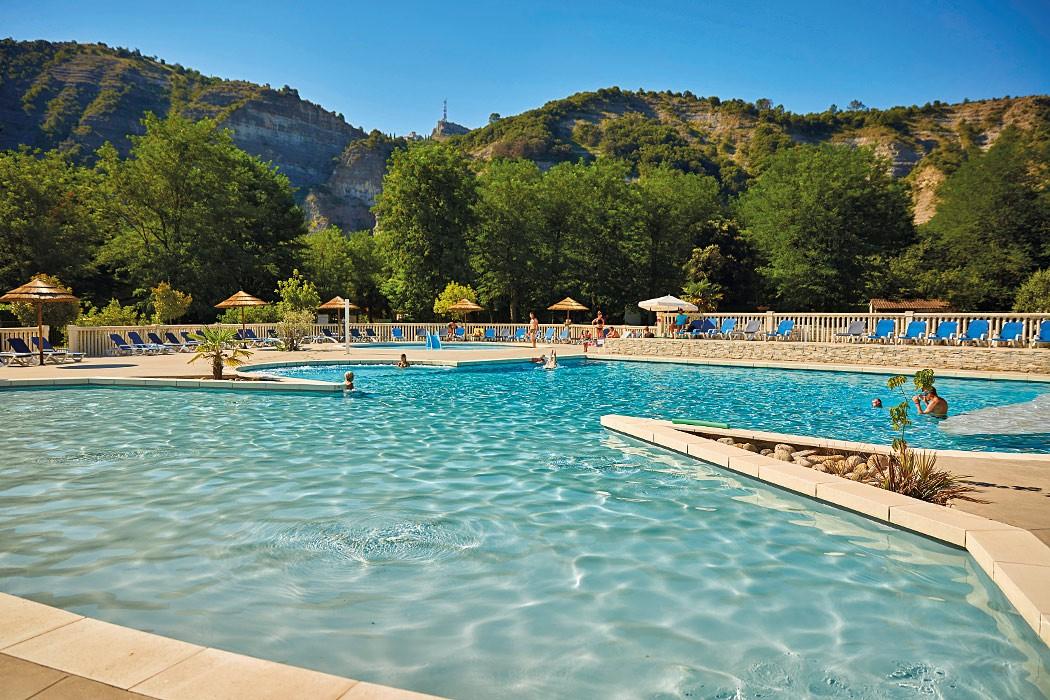 Camping Grand'Terre 4* à Ruoms en Ardèche