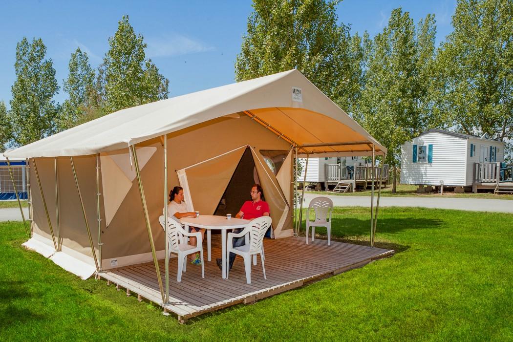 Camping Les Almadies 4* à La Tranche sur Mer  en Vendée