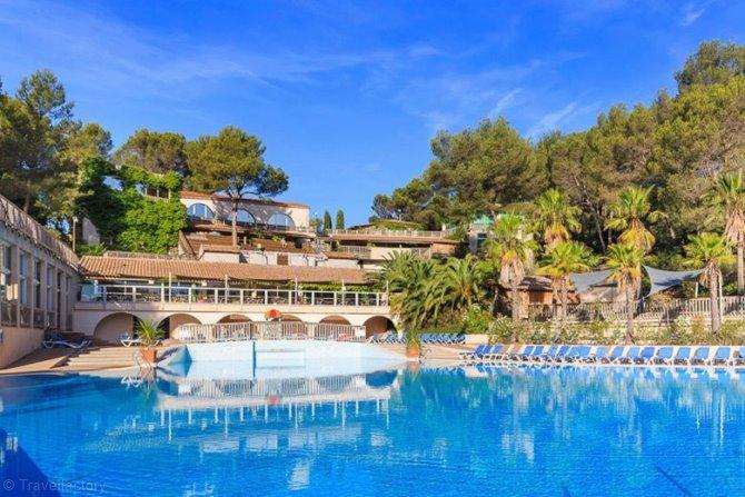 Camping Club et Spa Holiday Green 5* à Fréjus en Provence-Alpes-Côte d'Azur