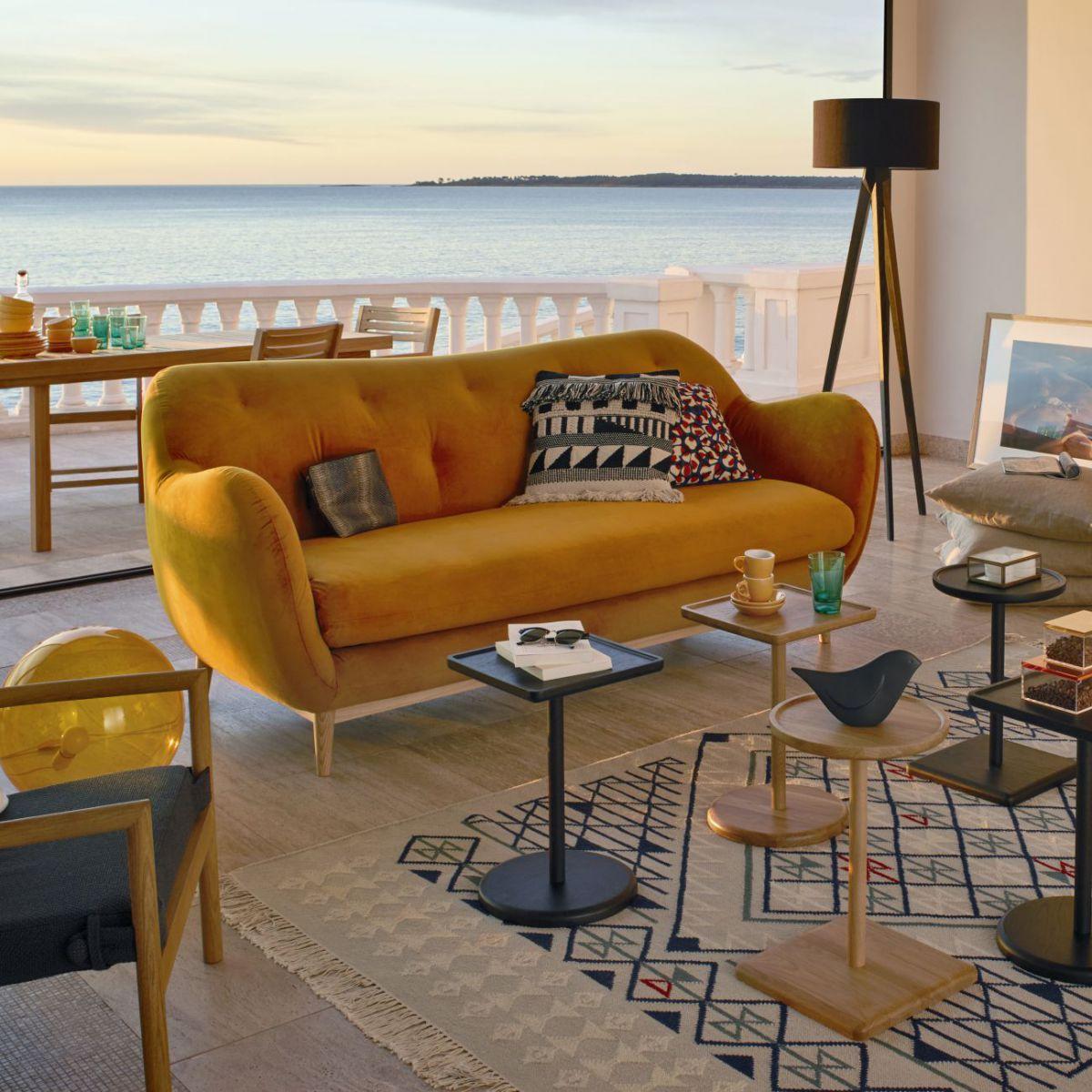 melchior canap 3 places en velours moutarde habitat canap habitat. Black Bedroom Furniture Sets. Home Design Ideas
