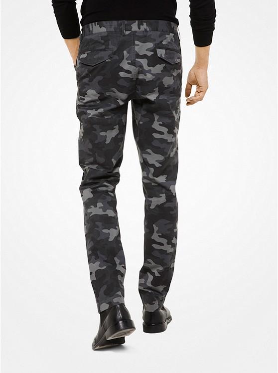 Michael Kors Mens Chino en Coton Sergé Coupe Slim et Motif Camouflage