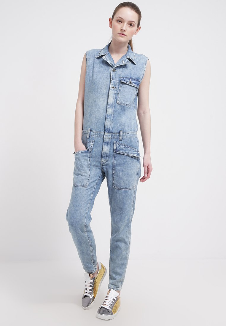29. Denim   Supply Ralph Lauren Combinaison rosewood, Combinaison Femme  Zalando  (Mode)  Zalando Denim   Supply Ralph Lauren Combinaison Denim    Supply ... 9c7892043e0