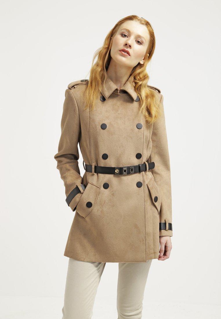Zalando.fr Etat   Neuf, En stock Découvrez vite les Promos Zalando Comparer  les prix des Manteaux Femme sur Zalando.fr . a2715bc5f5f