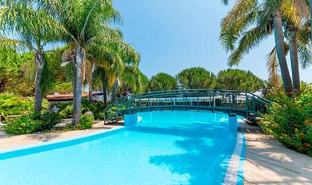 Hôtel Top Clubs Villaggio Oasis 4* Paestum en Italie