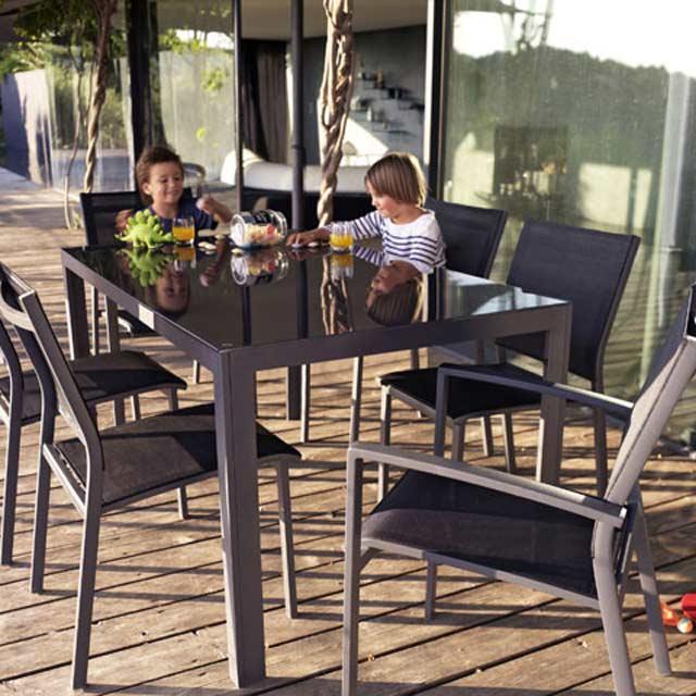 salon de jardin en aluminium halis batz blooma salon. Black Bedroom Furniture Sets. Home Design Ideas