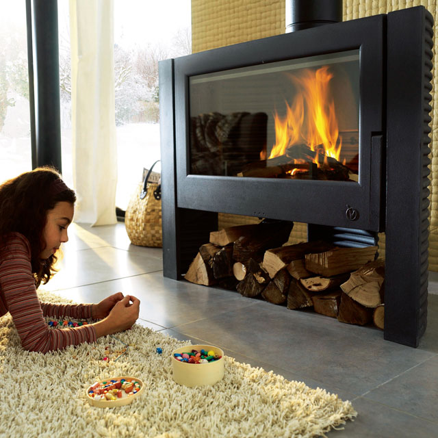 poele a bois invicta itaya. Black Bedroom Furniture Sets. Home Design Ideas