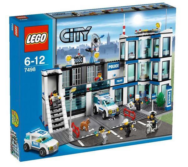 Jouets pixmania le commissariat de police 7498 city - Lego city camion police ...