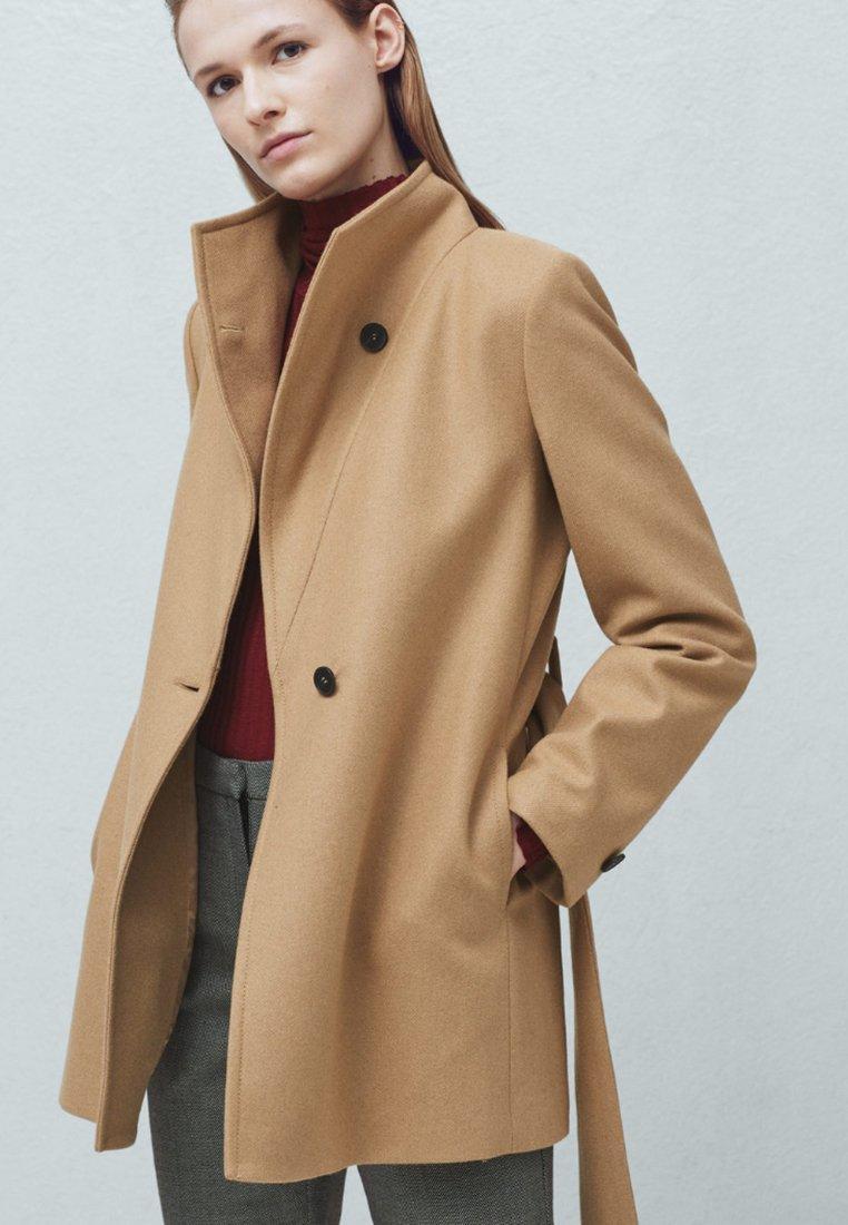 Mango EVAN-S Manteau classique medium brown - Manteau Femme Zalando  (Mode)  ... prix des Manteaux Femme sur Zalando.fr ... Créé le 7 janvier 2016 4a059180da20