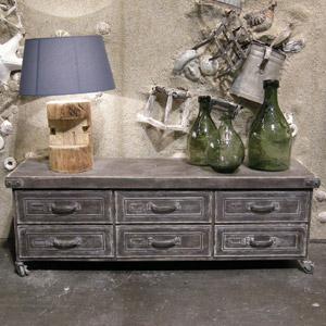 meuble tv en m tal vieilli 6 tiroirs sur roulettes chehoma decoclico. Black Bedroom Furniture Sets. Home Design Ideas