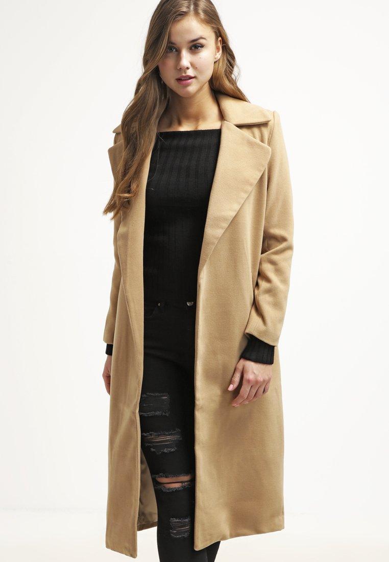 Manteau classique femme camel