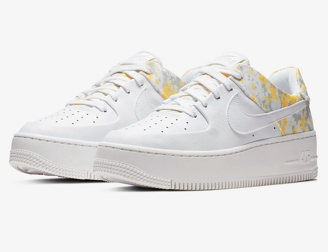 limited guantity save off in stock Nike Air Force 1 Sage Low Premium Camo pas cher - Baskets ...